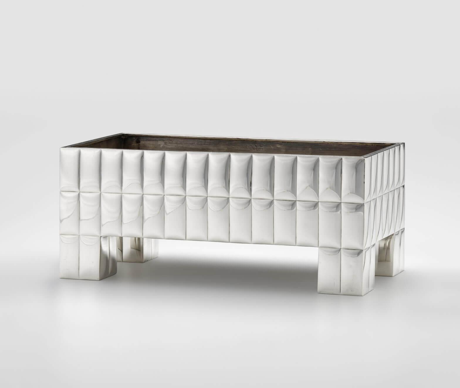 Josef Hoffmann - Centerpiece